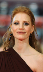Full Metal Shakespeare - Jessica Chastain tra Ralph Fiennes e Gerard Butler.