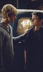 Le innumerevoli ispirazioni di Sono il numero quattro - John trova in Sam un amico leale.