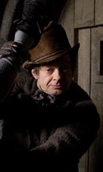 Dovete fare un film contro Berlusconi - Simon Pegg e Andy Serkis in una scena del film Ladri di cadaveri - Burke & Hare di John Landis.
