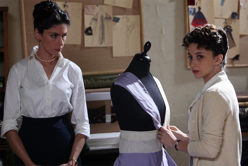 Atelier Fontana - Le sorelle della moda (2010) 6ae6dcf9c57