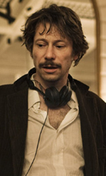 Come suonare una sessione di jazz - Mathieu Amalric dispensa consigli alle protagoniste del film Tournée.