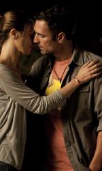 Cortellesi, escort per fiction - Raoul Bova e Paola Cortellesi in una scena del film Nessuno mi può giudicare di Massimiliano Bruno.