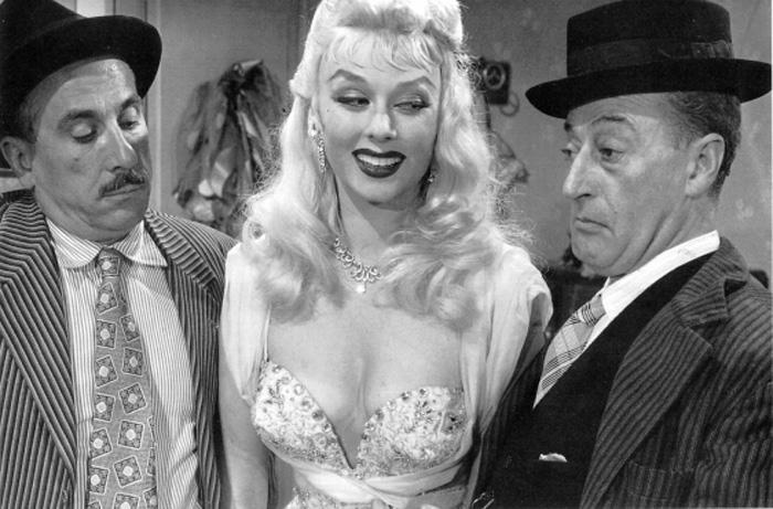 Totò, Peppino e... la malafemmina (1956)