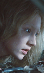 Un'assassina di 16 anni addestrata dal padre - Saoirse Ronan in una scena del film <em>Hanna</em> di Joe Wright.