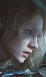 Un'assassina di 16 anni addestrata dal padre - Saoirse Ronan in una scena del film Hanna di Joe Wright.