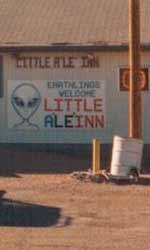 Le campagne virali parallele di Super 8 - Il Little A'Le'Inn ricorda il disegno della 2a mappa.