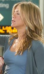 Mia moglie per finta, le bugie hanno le gambe lunghe - Katherine tira la lingua a Eddie (Nick Swardson).