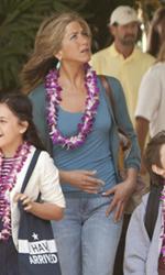 Mia moglie per finta, le bugie hanno le gambe lunghe - L'arrivo alle Hawaii dei villeggianti.