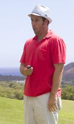 Mia moglie per finta, le bugie hanno le gambe lunghe - Danny e i 'suoi figli' su un campo da golf alle Hawaii.