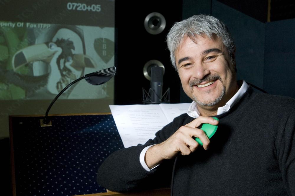 In foto Pino Insegno (58 anni)