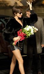 Habemus Bel�n - L'arrivo trionfale della star Talita Cort�s in una scena del film Se sei cos� ti dico s�.
