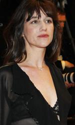 Cannes, mercoled� di politica - Lars Von Trier tra Charlotte Gainsbourg e Kirsten Dunst durante la conferenza stampa di presentazione di Melancholia.