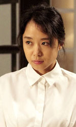 The Housemaid, il remake che tale non fu - Una foto di scena di The Housemaid di Im Sang-soo.