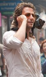 Film nelle sale: perdona il vizio dell'eccesso - Bradley Cooper,  Zach Galifianakis, Ed Helms e la scimmietta Crystal in una scena del film Una notte da leoni 2 di Todd Phillips.