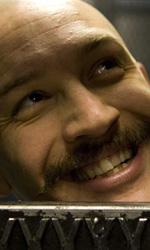 Viaggio alle radici della violenza - Tom Hardy in una foto di scena del film Bronson del regista danese Nicolas Winding Refn.