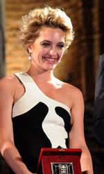 Carolina Crescentini, nastro d'argento e fulgido avvenire - Carolina Crescentini premiata come miglior attrice non protagonista.