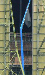 The Dark Knight Rises, incidente sul set - L'hangar di Cardington.