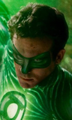 Un'estate da supereroi - Ryan Reynolds in una foto del film Lanterna Verde, al cinema da mercoledì 31 agosto 2011.