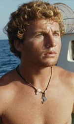 Filippo Pucillo, biondo pescatore d'Africa - Filippo Pucillo in una scena del film <em>Terraferma</em> di Emanuele Crialese.