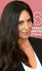 Monica Bellucci, il mio nudo per Garrel - In foto Monica Bellucci al photocall di <em>Un �t� brulant</em>.