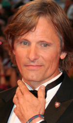 Nel giorno di Cronenberg � sorpresa Coppola - In foto Viggo Mortensen, sul red carpet per il film <em>A Dangerous Method</em>