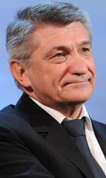 Il cinema al lavoro - Il regista russo Alexander Sokurov vince il Leone d'oro per il suo Faust.