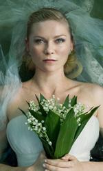 Melancholia, quanto romanticismo nella fine del mondo! - In foto Kirsten Dunst in una scena del film Melancholia di Lars Von Trier. Dal 21 ottobre al cinema.