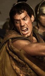 Immortals 3D, che la guerra (degli dei) abbia inizio - In foto Henry Cavill in una scena del film Immortals 3D di Tarsem Singh.