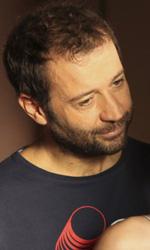 Fabio Volo: 'Non siamo bamboccioni, siamo complessi' - In foto una scena del film Il giorno in pi�.