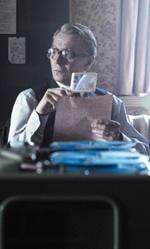Film nelle sale: Sesso, spie e delfini - In foto Gary Oldman, uno dei protagonisti de La talpa di Tomas Alfredson.