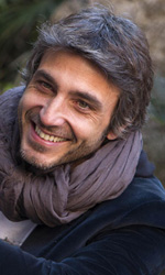 Sulla strada di casa, le illusioni di un uomo perbene - Il photocall del film Sulla strada di casa di Emiliano Corapi.