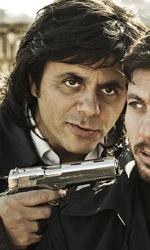 Henry, amore e droga nella Roma di oggi - In foto Dino Abbrescia e Claudio Gio� in una scena del film Henry di Alessandro Piva.
