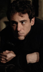Magnifica presenza, un attore non è mai solo - Una scena del film Magnifica presenza di Ferzan Ozpetek.