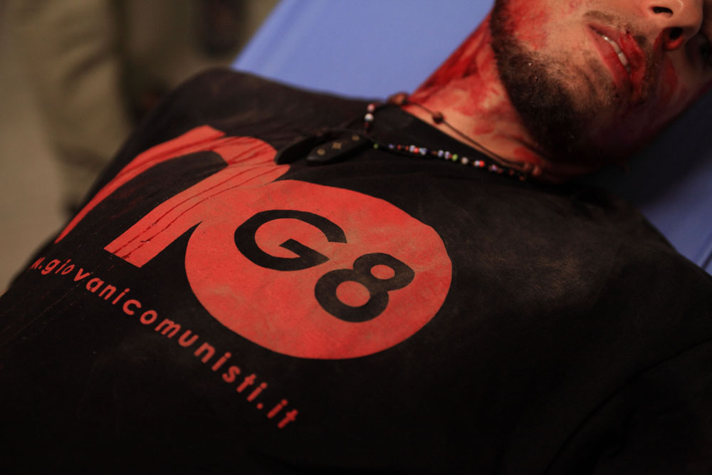 In foto una scena del film <em>Diaz - Non pulire questo sangue</em> di Daniele Vicari. -