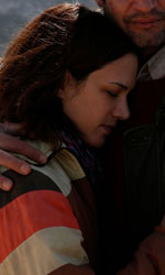Isole, incontro tra solitudini - Una scena del film Isole di Stefano Chiantini.