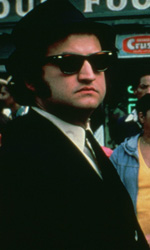 I Blues Brothers tornano al cinema (restaurati) - In foto John Belushi e Dan Aykroyd in una scena del film <em>The Blues Brothers</em> di John Landis.