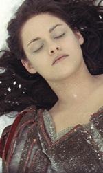 Biancaneve e il cacciatore, addestrata per uccidere - Kristen Stewart in una scena del film Biancaneve e il cacciatore di Rupert Sanders.