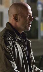 La fredda luce del giorno, folle corsa contro il tempo - Bruce Willis in una scena del film La fredda luce del giorno di Mabrouk El Mechri.