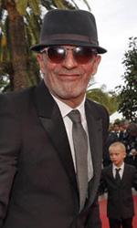 Cannes 65, flash per la Cotillard - Il regista Jacques Audiard sulla croisette. A Cannes ha portato il suo ultimo film, De rouille et d'os.