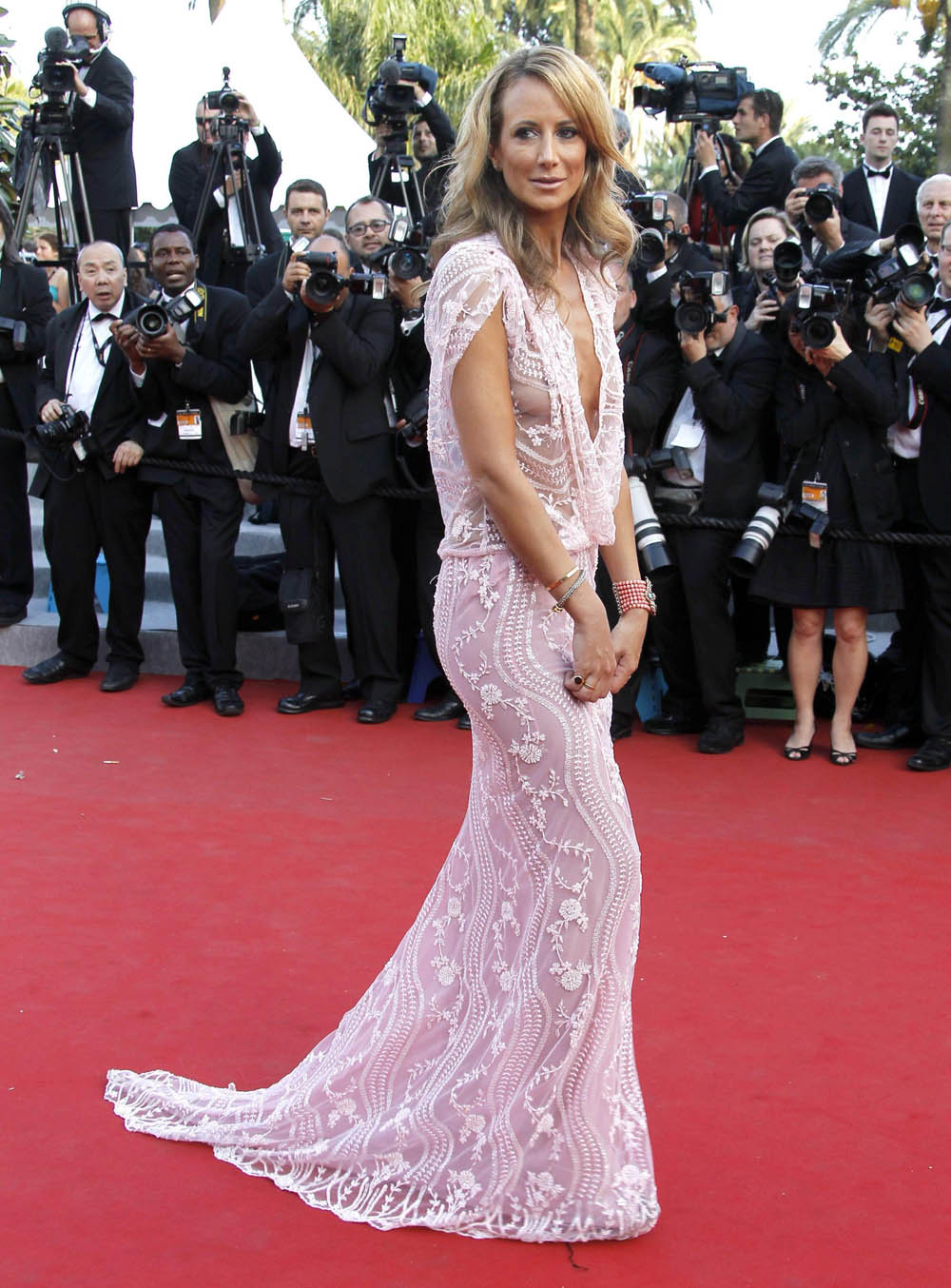 Lady Victoria Hervey sul red carpet per <em>The Paperboy</em> di Lee Daniels.