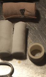 Paura 3D, le foto del film - Gli strumenti di tortura del Marchese Lanzi (Peppe Servillo) in una scena del film Paura 3D dei Manetti Bros.