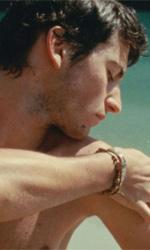 L'estate di Giacomo, fenomeno in sala e online - In foto Giacomo Zulian in una scena del film L'estate di Giacomo di Alessandro Comodin.