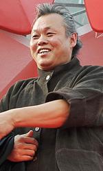 Venezia 69, il film shock di Kim Ki-Duk conquista tutti - Kim Ki-duk con Cho Min-soo e Lee Jung-jin.