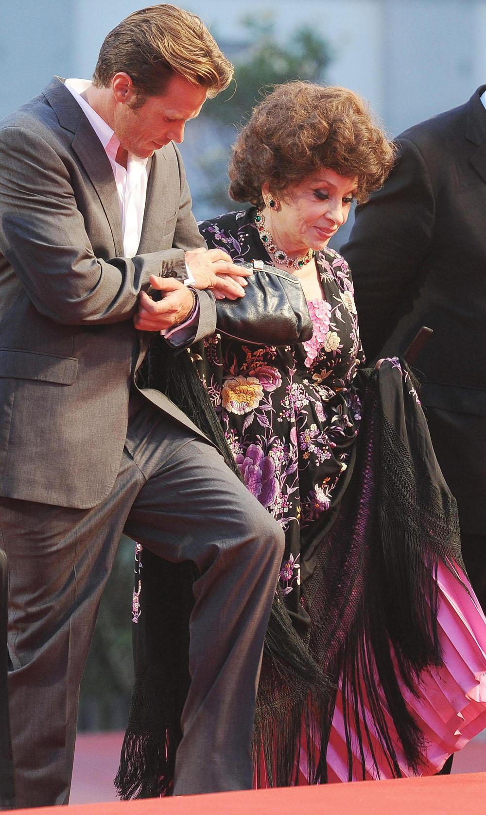 Venezia 69, il film shock di Kim Ki-Duk conquista tutti - Gina Lollobrigida sul red carpet.
