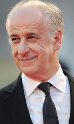 Venezia 69, la bella addormentata di Bellocchio - Toni Servillo e Isabelle Huppert sul red carpet della 69. Mostra del cinema di Venezia.