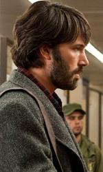 Argo favorito per i bookmaker agli Oscar - In foto Ben Affleck in una scena del film <em>Argo</em>, da lui diretto.