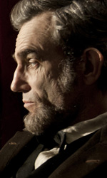 Golden Globes, le nomination - In foto Daniel Day-Lewis in una scena del film Lincoln di Steven Spielberg.