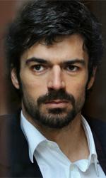 Lo sguardo ostinato - In foto Luca Argentero in una scena del film Cha cha cha di Marco Risi.