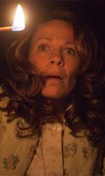 L'evocazione - The Conjuring, intervista a Lili Taylor - In foto Lily Taylor in una scena del film L'evocazione - The Conjuring di James Wan.