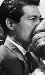 Lo sguardo ostinato - In foto Emmanuelle Riva e Eiji Okada in una scena del film Hiroshima mon amour di Alain Resnais.